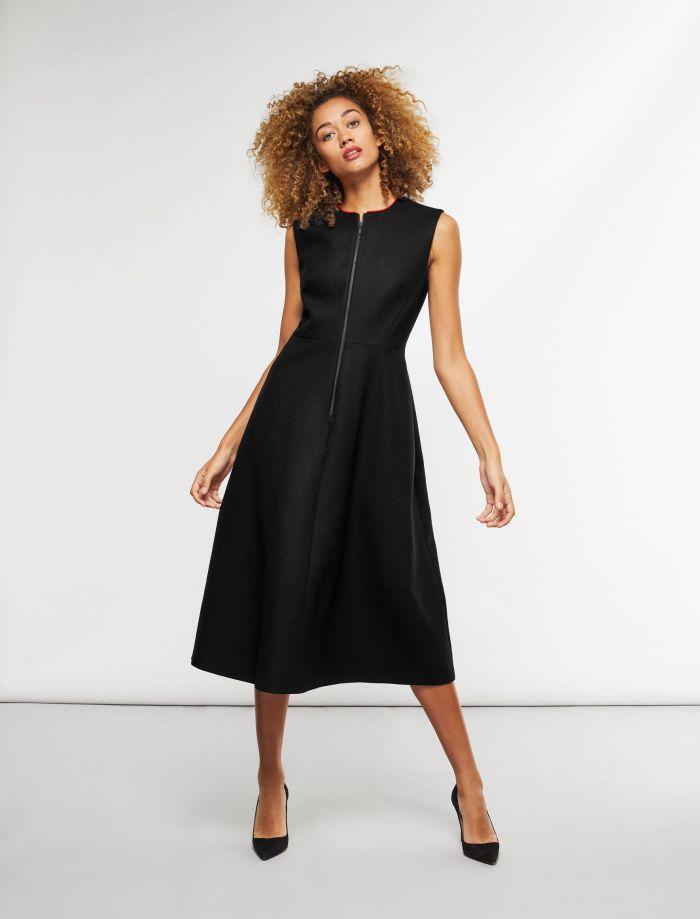 Vestidos sueltos con medias negras